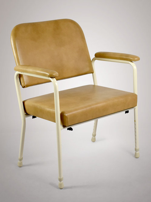 Day Chair Bariatric - Lowback Height Adjustable SWL 250kg