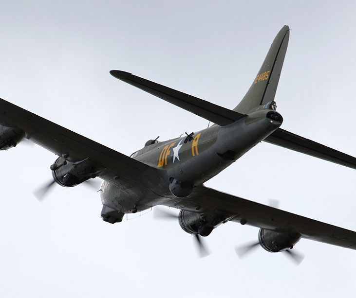 b-17 sally b - old buckenham - 31jul16 1158l-crop-u49466