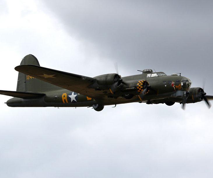 b-17 sally b - old buckenham - 31jul16 1116l-crop-u49289