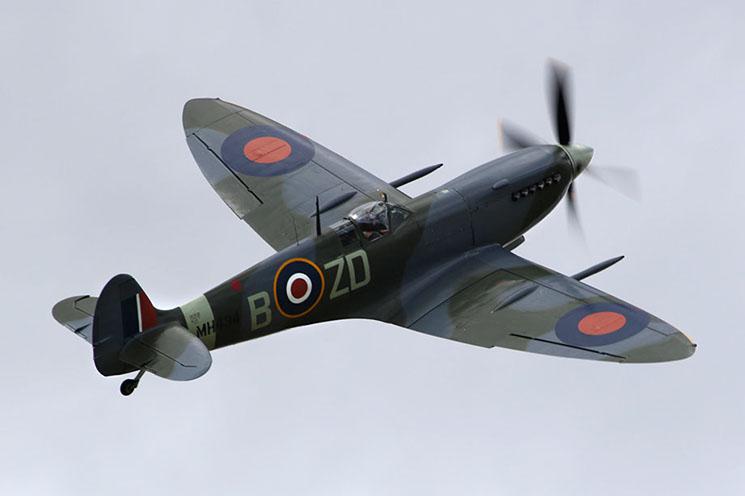 mh434 - spitfire mkix - old buckenham - 31jul16 892l