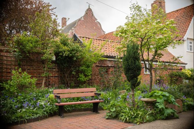 Courtyard Garden View - Beccles Meeting House