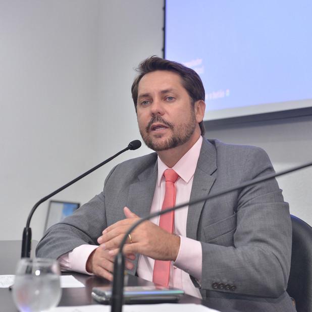 Bruno Peixoto propõe prorrogação do Regime Extraordinário de Licenciamento Ambiental