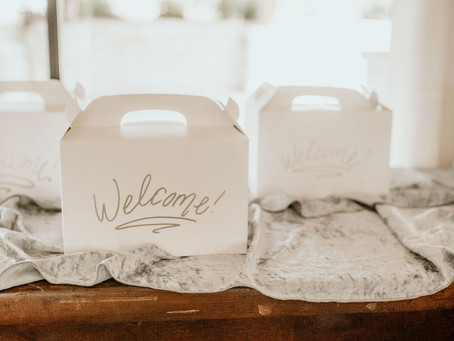 Wedding Welcome Bags: Tips & Tricks