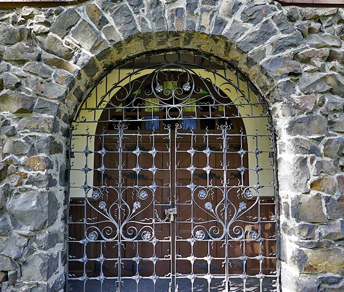 SQ-entrance-2.png