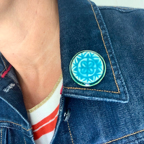 Round Turquoise/Green Brooch