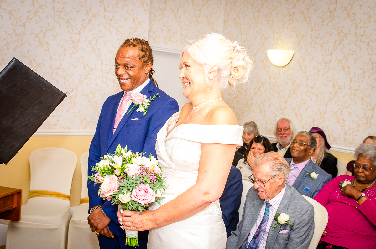 wedding photography milton keynes