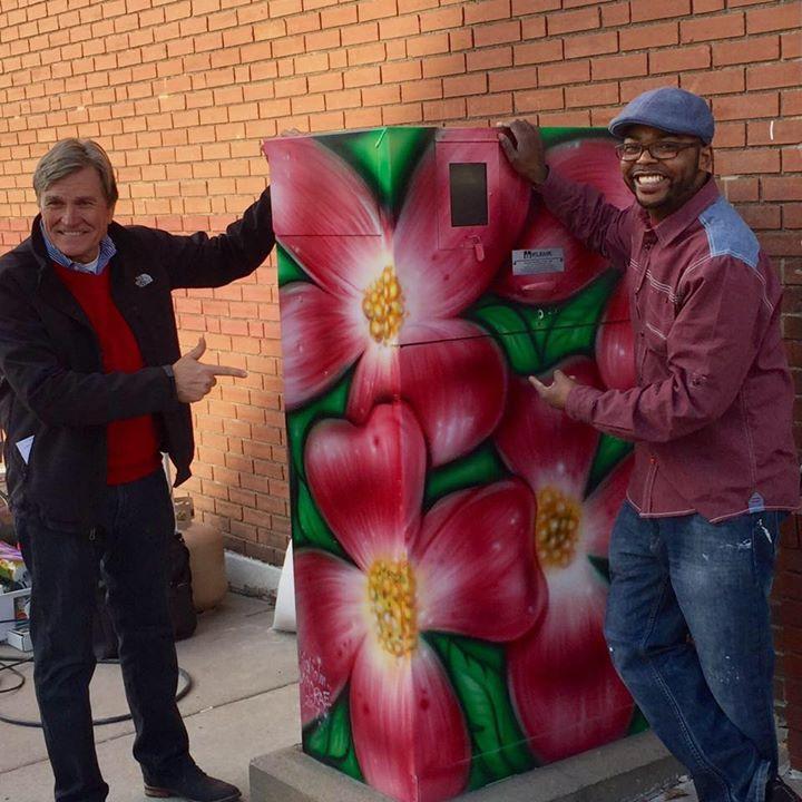 Artist Malcolm McCrae with  Mayor Dwain Hahs of Jackson Missouri