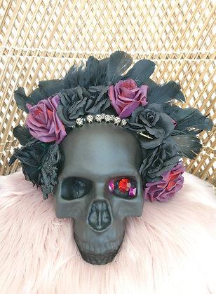 Crâne la dame en noir