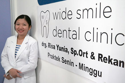 Dentists of Wide Smile Dental Clinic