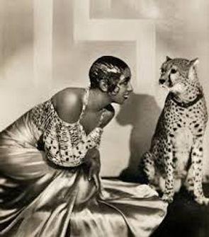 J Baker et le guepard.jpg