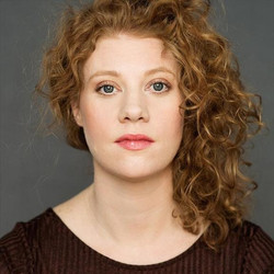 Kathleen Stavert - Headshot