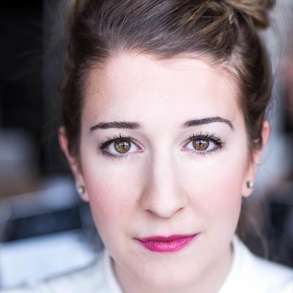 Danielle Le Saux-Farmer - Headshot