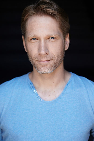 Eric Davis - Headshot - Haus Of Marc - Actor - Agency - Montreal