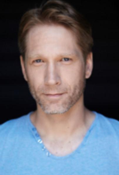 Eric Davis - Headshot - Haus Of Marc - Actor - Agency - Montreal