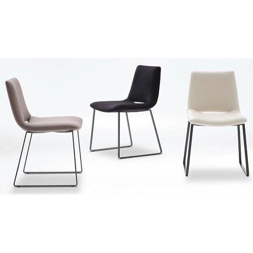 Camerich_Waltz Plus Dining Chair C02A0100