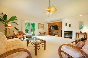 Kalihiwai spacious  luxury vacation rental north shore kauai