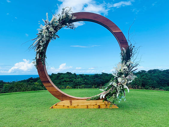 kauai wedding flowers floral arch circle