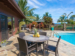Princeville ocean pool house luxury vacation rental north shore kauai
