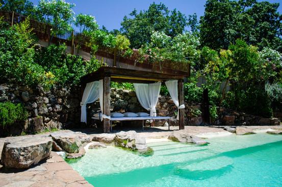 Pool + Bed (2)-16.jpg
