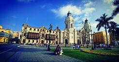 Bolleras viajeras - viaje en grupo a Perú. Turismo para mujeres lesbianas, bisexuales, transexuales, LGTBIQA+ y mujeres lesbian friendly. Viaja en grupo y conoce a más mujeres viajeras. Lima, Perú