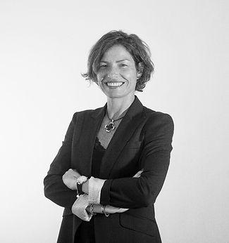 Eva Ballester,consultora, power bi, inteligencia de negicio, direccion financiera, tesoreria, control de gestion, analisis de datos, tecnologia, compromiso, honestidad, diferenciacion, despachos profesionales
