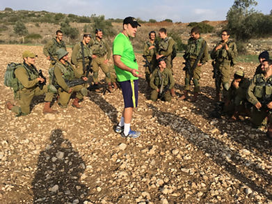 Rabbi Hammer & Soldiers