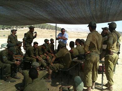 Rabbi Hammer motivating Soldiers