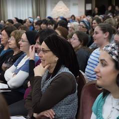 women listening to Rabbi Orlofsky 2018.J