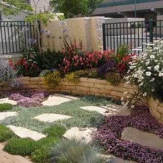 Gardens 22-06-07 055.jpg