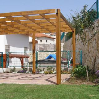 Gardens 22-06-07 010.jpg