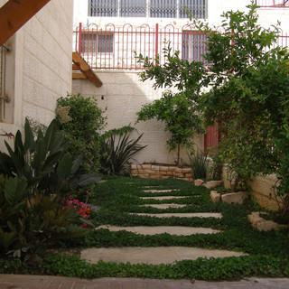 Copy of Gardens Aprill 2008 101.jpg