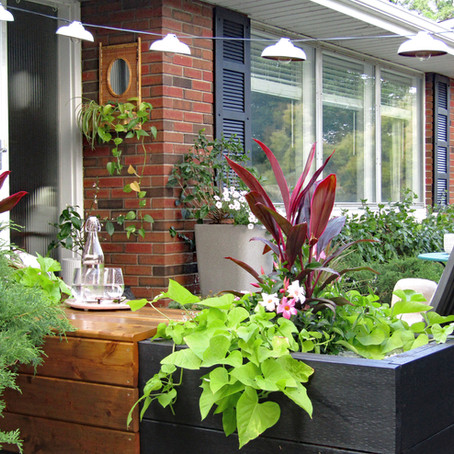 Modern Vintage Porch and Garden Reveal | Spring 2020 One Room Challenge