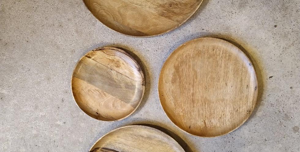 Pyöreät puulautaset