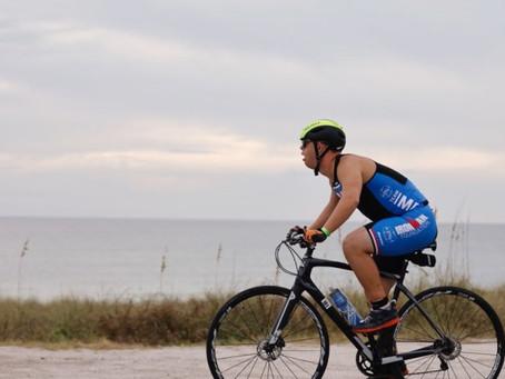 Histórico: una persona con síndrome de Down completa una triatlón Ironman.