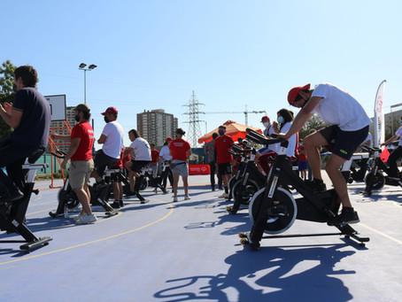 Estudiantes del área deportiva se capacitan con atletas de Olimpiadas Especiales