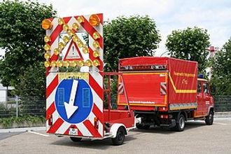 Verkehrssicherungsanhänger