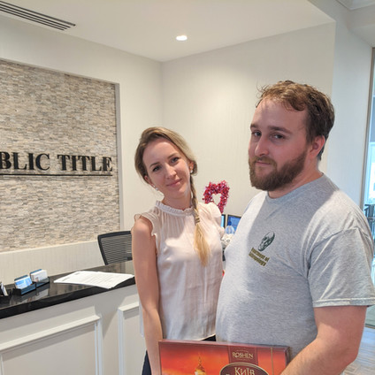 Real Estate Agent in Houston Julia Iavit