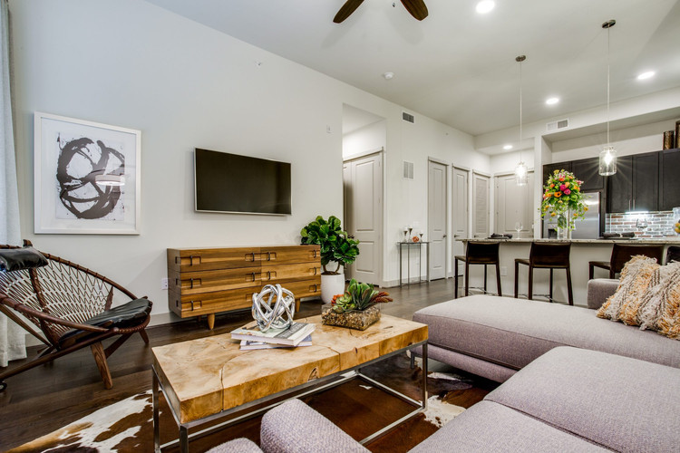 alexandowntown-living-room-1-2250x1500.j