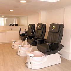 🌈Spa pedicure with chair massage availa