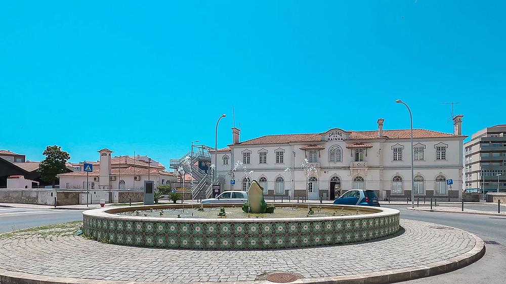 roundabout Caldas da Rainha train stations