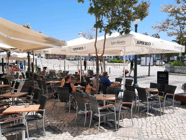 Cafés in Portugal: Where to find the most famous