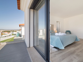 Benefits of large windows in your home in Portugal