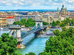 budapest_travel_massive.jpg