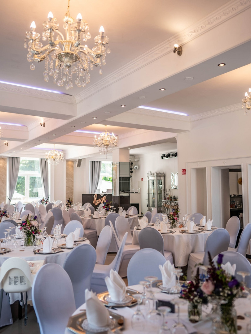Villa Bowdy Saal wo-heiraten.de location
