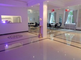 140 qm großer Festsaal Villa Bowdy Jülich