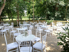 Garten Villa Bowdy Niederzier Düren Tiffanystühle
