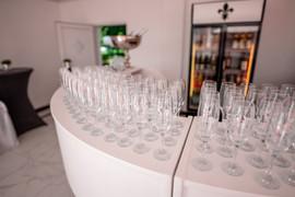 Sektempfang an Bar im Pavillon Aussenbereich