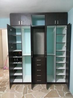 muebles-modernos-para-cuartos-madera-sal