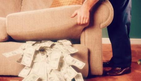 The Dorm Room that Always has Money Lying Around