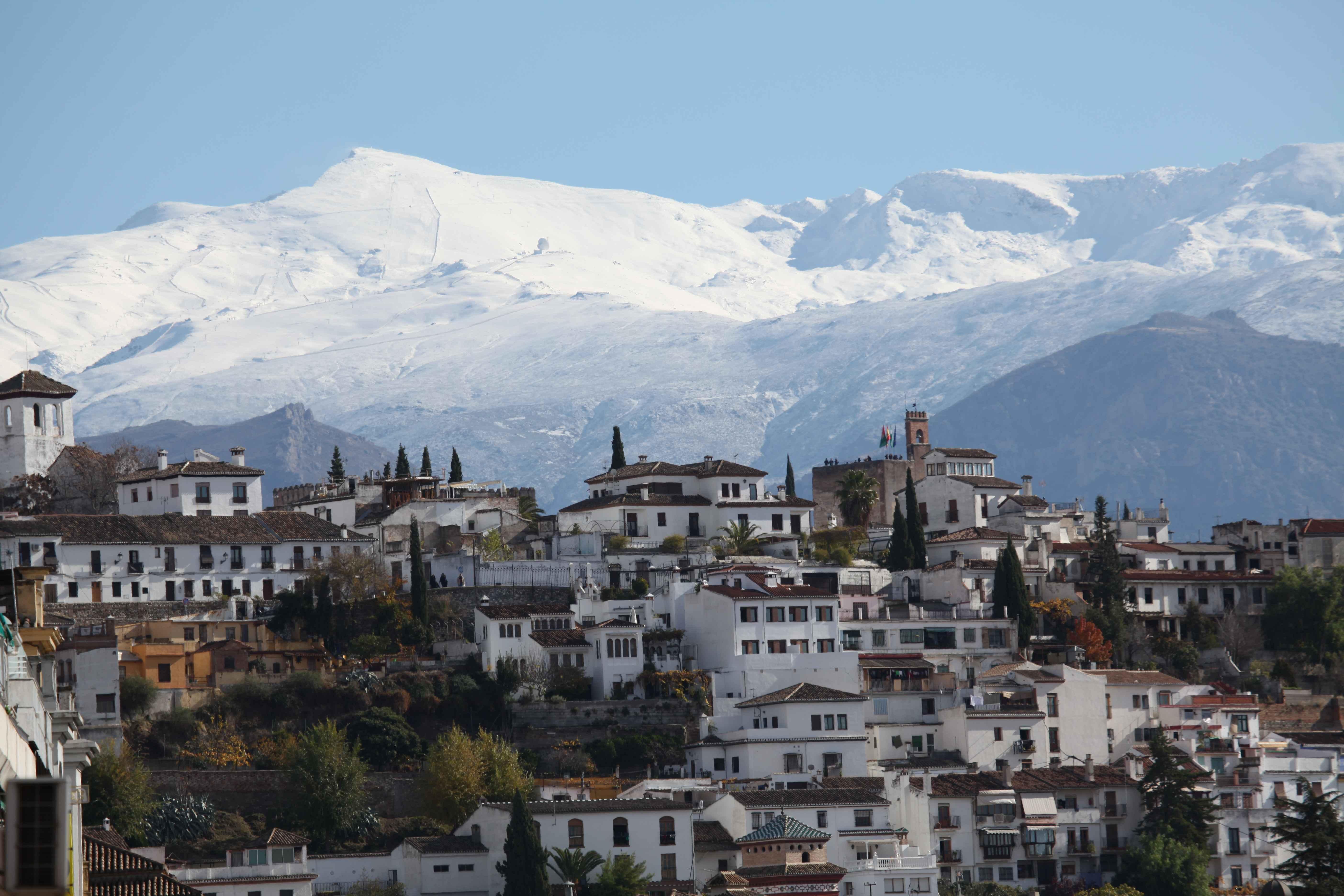Albaycin Quarter & Sierra Nevada